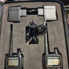 Radios antiguas: WALKIES DYNASCAN R10 CON MALETA Y AURICULARES. PRÁCTICAMENTE NUEVOS. Lote 233904880