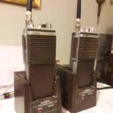 Radios antiguas: ANTIGUA PAREJA DE WALKIES TALKIES TELEMOBIL C734L. Lote 235173885