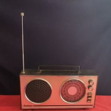 Radios antiguas: RADIO INTER NO ESTA PROBADO. Lote 236357915