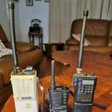 Radio antiche: TRES WALKIE-TALKIE - FERMAX - KOMBIX - STANDARD -. Lote 249558325