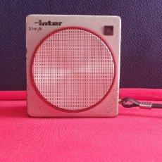 Radio antiche: ANTIGUO RADIO INTER SLIM 6 FABRICADO EN ESPAÑA FUNCION BIEN. Lote 251821685