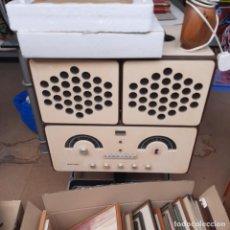 Radios antiguas: BRIONVEGA RADIO DE LOS 60S. Lote 262752980