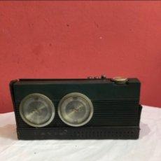 Rádios antigos: TARANSISTOR DE DISEÑO LAVIS 772 AM/FM MADE IN SPAIN. Lote 266839894