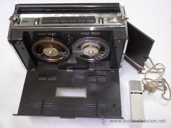 APARATO MUSICAL DE CINTA GRUNDIG 2 PISTAS 2 VELOCIDADES (Radios, Gramófonos, Grabadoras y Otros - Fonógrafos y Grabadoras de Válvulas)