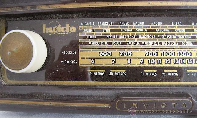 Fonógrafos y grabadoras de válvulas: RADIO VALVULAS INVICTA BAQUELITA ANTIGUA ESTORIL FUNCIONANDO - Foto 3 - 208043936