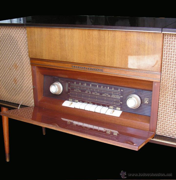 Fonógrafos y grabadoras de válvulas: Mueble aparador vintage con tocadiscos y radio. Marca Grundig, Alemania años 50. - Foto 5 - 62128690