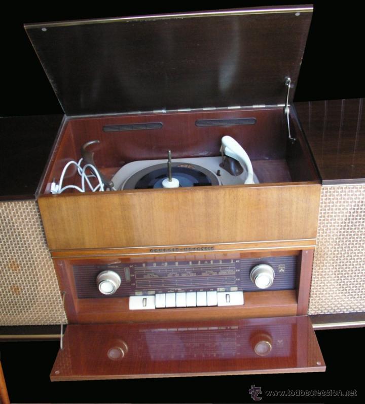 Fonógrafos y grabadoras de válvulas: Mueble aparador vintage con tocadiscos y radio. Marca Grundig, Alemania años 50. - Foto 6 - 62128690