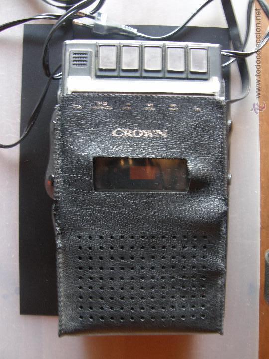 GRABADORA REPRODUCTORA DE LA MARCA CROWN. (Radios, Gramófonos, Grabadoras y Otros - Fonógrafos y Grabadoras de Válvulas)