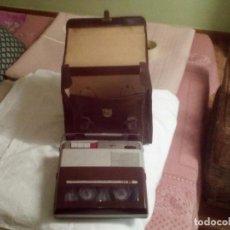 Fonógrafos y grabadoras de válvulas: ANTIGUA GRABADORA CON MALETÍN. Lote 80082117