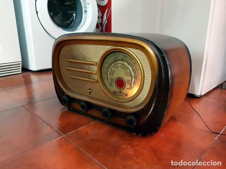 Fonógrafos y grabadoras de válvulas: RADIO ANTIGUO GOOD SOUND DE MADERA,FUNCIONA,AÑOS 40 - 50 APROX - Foto 4 - 101958371
