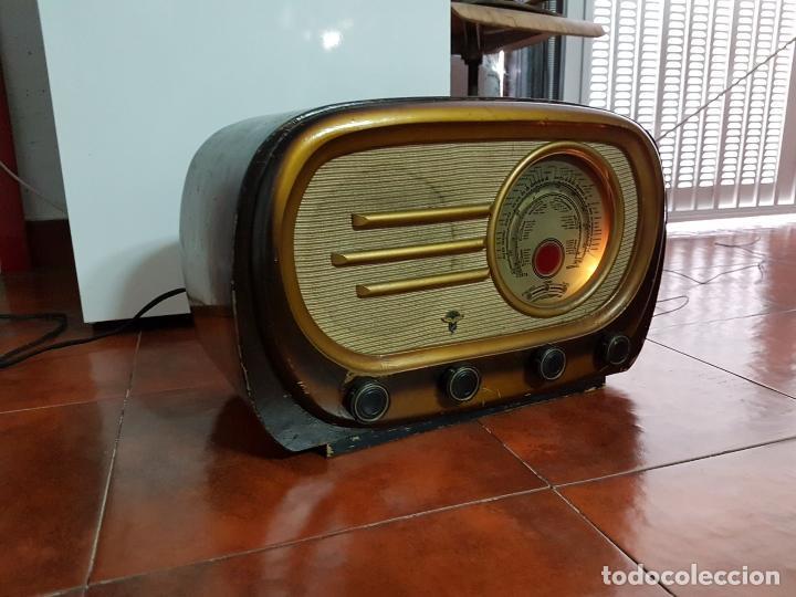 Fonógrafos y grabadoras de válvulas: RADIO ANTIGUO GOOD SOUND DE MADERA,FUNCIONA,AÑOS 40 - 50 APROX - Foto 8 - 101958371
