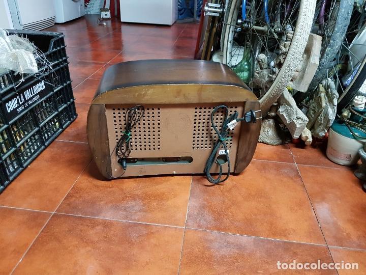 Fonógrafos y grabadoras de válvulas: RADIO ANTIGUO GOOD SOUND DE MADERA,FUNCIONA,AÑOS 40 - 50 APROX - Foto 11 - 101958371