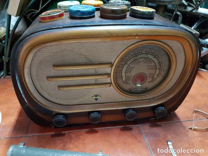 Fonógrafos y grabadoras de válvulas: RADIO ANTIGUO GOOD SOUND DE MADERA,FUNCIONA,AÑOS 40 - 50 APROX - Foto 12 - 101958371