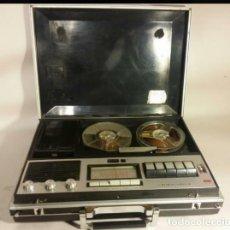 Fonógrafos y grabadoras de válvulas: MAGNETOFON Y RADIO CROWNCORDER 1970. Lote 103401195