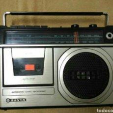 Fonógrafos y grabadoras de válvulas: RADIO CASSETTE SANYO. Lote 107296715
