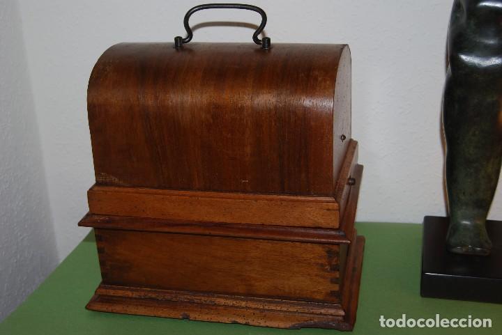 ANTIGUO FONÓGRAFO PATHE - CON CAJA - FINALES S.XIX - PATHE FRERES (Radios, Gramófonos, Grabadoras y Otros - Fonógrafos y Grabadoras de Válvulas)