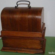 Fonógrafos y grabadoras de válvulas: ANTIGUO FONÓGRAFO PATHE - CON CAJA - FINALES S.XIX - PATHE FRERES. Lote 108095795