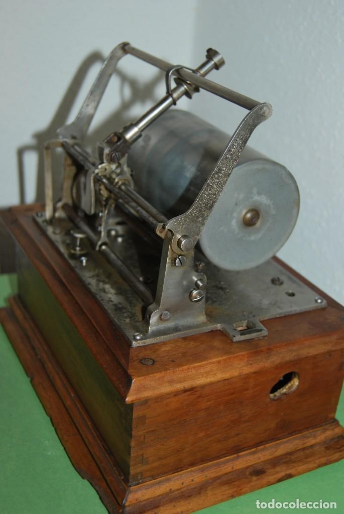 Fonógrafos y grabadoras de válvulas: ANTIGUO FONÓGRAFO PATHE - CON CAJA - FINALES S.XIX - PATHE FRERES - Foto 3 - 108095795