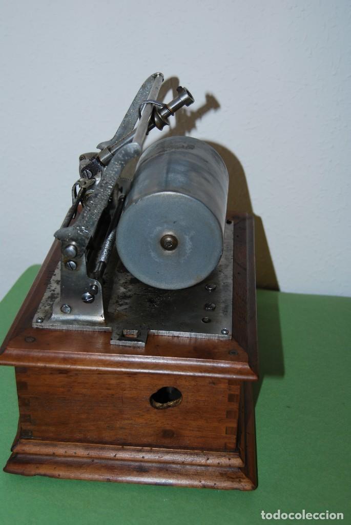Fonógrafos y grabadoras de válvulas: ANTIGUO FONÓGRAFO PATHE - CON CAJA - FINALES S.XIX - PATHE FRERES - Foto 13 - 108095795