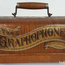 Fonógrafos y grabadoras de válvulas: TAPA DE FONÓGRAFO. COLUMBIA PHONOGRAPH. NEW YORK. MADERA SERIGRAFIADA. CIRCA 1900. Lote 110510283