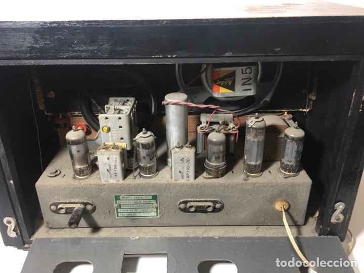 Fonógrafos y grabadoras de válvulas: Antigua radio en madera marca marfil original años 50 60 - Foto 15 - 124594912