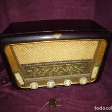 Fonógrafos y grabadoras de válvulas: ANTIGUA RADIO DE VÁLVULAS CON CAJA DE MADERA. Lote 133204842