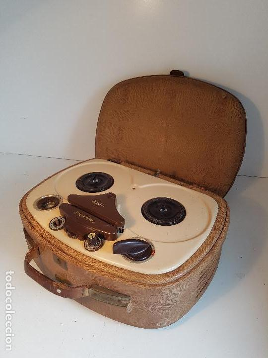 MAGNETOFONO ANTIGUO, ORIGEN ALEMAN, MARCA AEG (Radios, Gramófonos, Grabadoras y Otros - Fonógrafos y Grabadoras de Válvulas)
