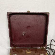 Fonógrafos y grabadoras de válvulas: ANTIGUO MAGNETOFONO AMPRO. Lote 145580737