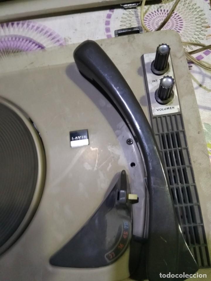Fonógrafos y grabadoras de válvulas: Tocadiscos de maleta - Foto 2 - 152806302