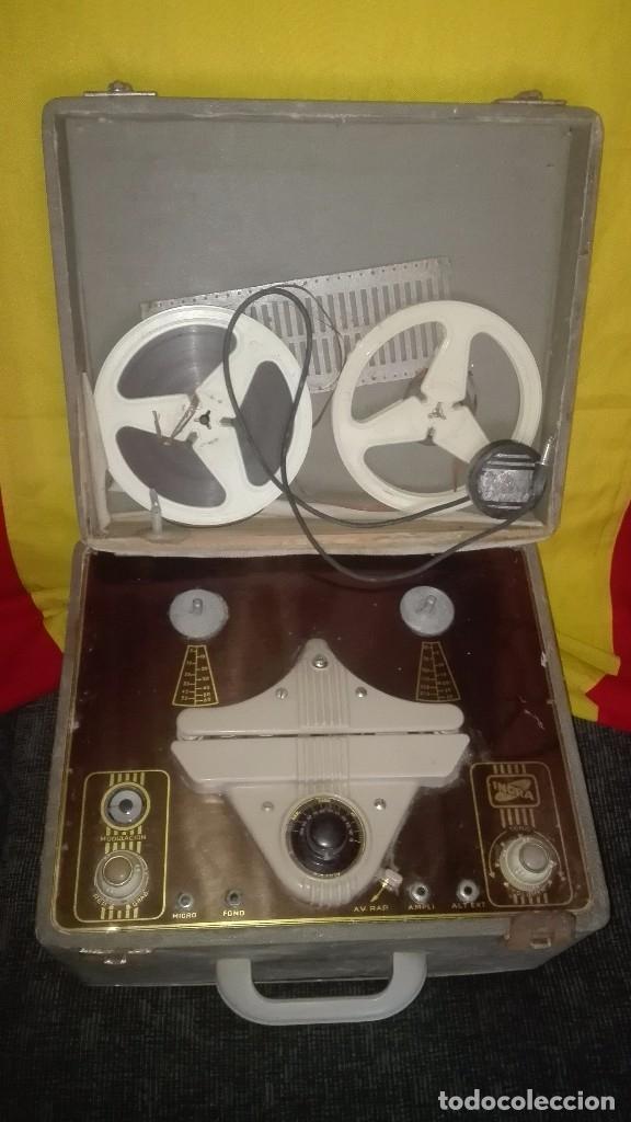 GRABADORA DE VÁLVULAS INGRA.AÑOS 50 (Radios, Gramófonos, Grabadoras y Otros - Fonógrafos y Grabadoras de Válvulas)