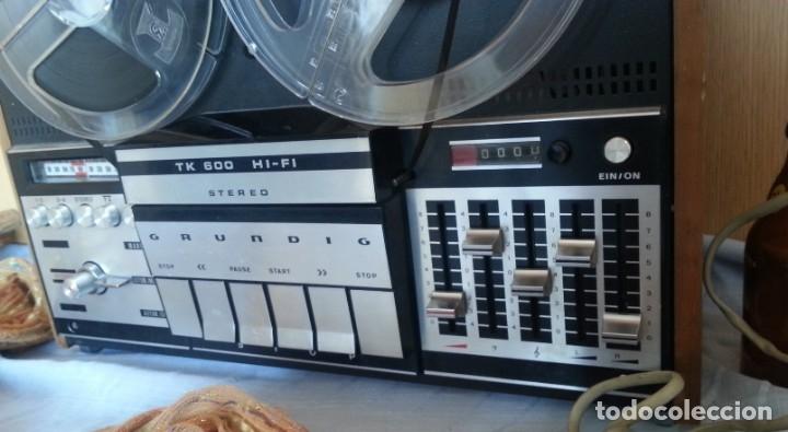Fonógrafos y grabadoras de válvulas: Grabadora GRUNDIG. Buen estado. Años 70. - Foto 4 - 176554983