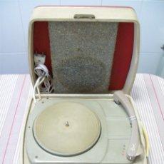 Phonographes et magnétophones à lampes: TOCADISCOS DE MALETA COSMO 7737 A VÁLVULAS (CON GIRADISCOS DUAL E 295 SD). Lote 183574141