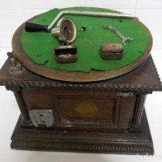 Fonógrafos y grabadoras de válvulas: ANTIGUA CAJA DE GRAPHOPHONE.EXPOSICION DE PARIS 1900.COLUMBIA FONOGRAFO. Lote 188686610