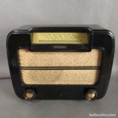 Fonógrafos y grabadoras de válvulas: ANTIGUO RADIO GRUNDIG HEINZELMANN 126 W DE BAQUELITA. 1949 - 1950. Lote 191932598