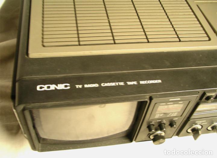 Fonógrafos y grabadoras de válvulas: Conic TV, radio y casette, funciona. Med. 42 x 30 x 12 cm - Foto 2 - 194407833