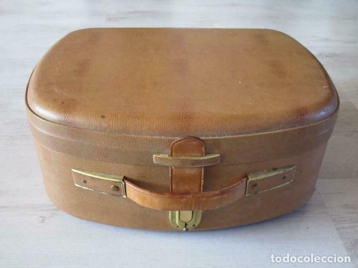 Fonógrafos y grabadoras de válvulas: Antiguo Magnetófono AEG Magnetofon kl25 en la maleta marrón GRABADORA 170 euros MUY PESADO - Foto 2 - 201557766