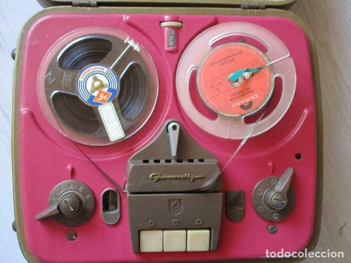 MAGNIFICO Y ANTIGUO MAGNETOFÓN GRUNDING GRABADORA EN SU MALETA (Radios, Gramófonos, Grabadoras y Otros - Fonógrafos y Grabadoras de Válvulas)