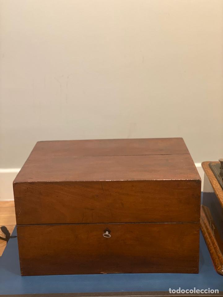 Fonógrafos y grabadoras de válvulas: Fonografo Edison primeros '900 + accesorios - Foto 14 - 204366555