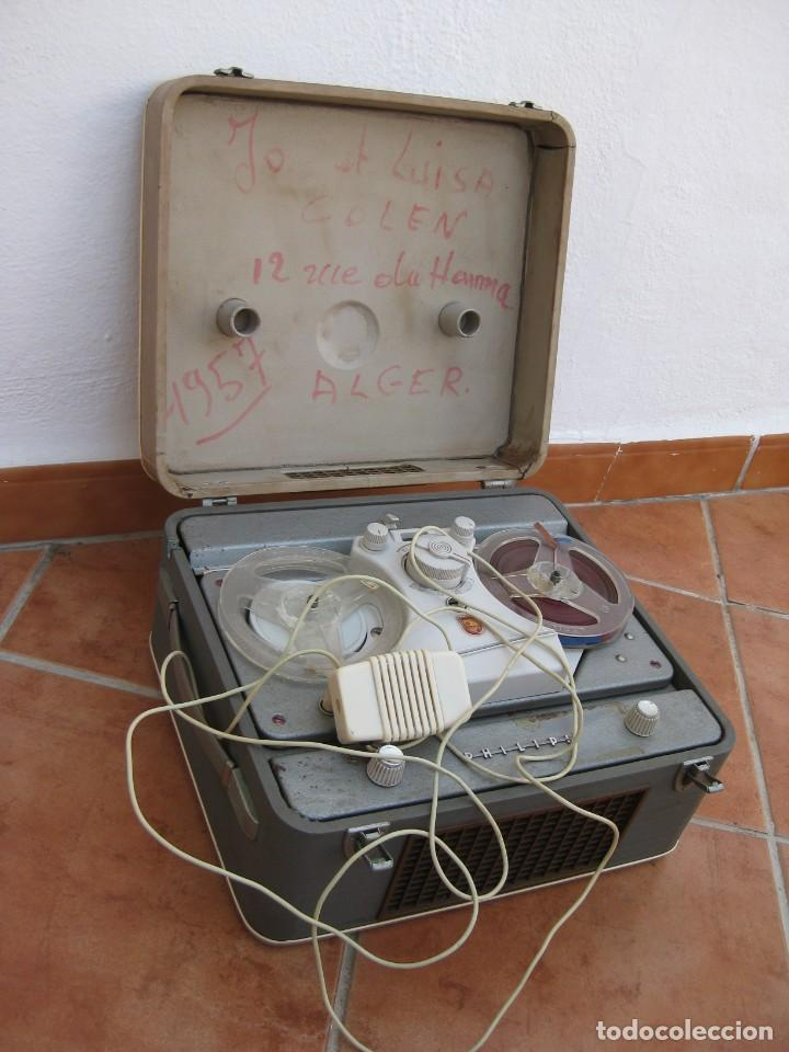 ANTIGUO MAGNETOFONO PHILIPS. AÑOS 50. NO FUNCIONA. (Radios, Gramófonos, Grabadoras y Otros - Fonógrafos y Grabadoras de Válvulas)