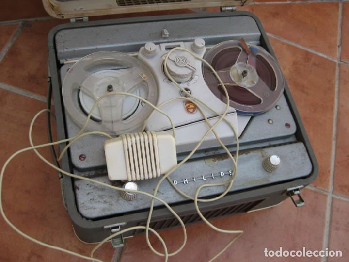 Fonógrafos y grabadoras de válvulas: Antiguo magnetofono Philips. Años 50. No funciona. - Foto 2 - 214495028