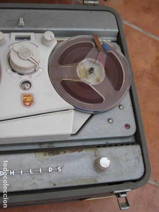 Fonógrafos y grabadoras de válvulas: Antiguo magnetofono Philips. Años 50. No funciona. - Foto 5 - 214495028