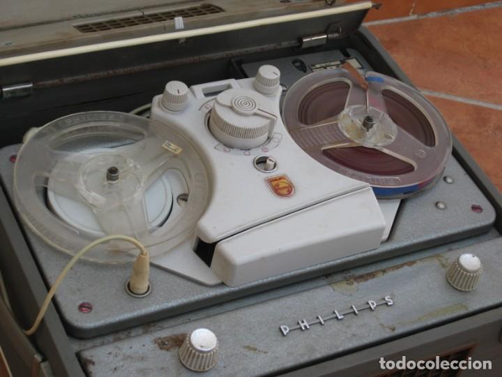 Fonógrafos y grabadoras de válvulas: Antiguo magnetofono Philips. Años 50. No funciona. - Foto 9 - 214495028