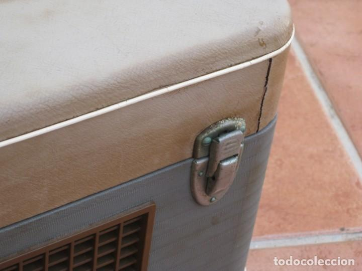 Fonógrafos y grabadoras de válvulas: Antiguo magnetofono Philips. Años 50. No funciona. - Foto 19 - 214495028