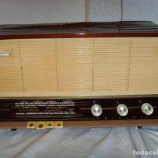 Fonógrafos y grabadoras de válvulas: RADIO A VALVULAS PHILIPS B4 E25A. Lote 215204290