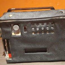 Fonografi e magnetofoni a valvole: MAGNETOFONO GRABADORA REMCO CON SU MALETIN. Lote 216718313