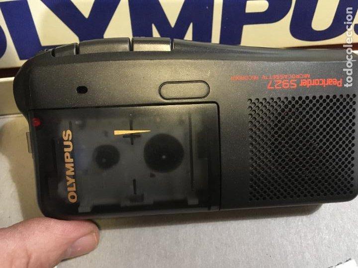 Fonógrafos y grabadoras de válvulas: Grabadora Olympus en caja original sólo se utilizo para probarla. año 1998 microfono, funda, pinza - Foto 3 - 227979810
