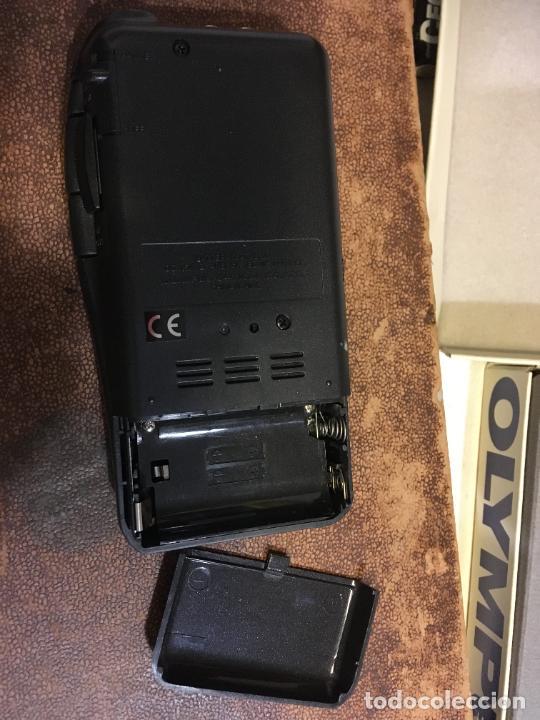 Fonógrafos y grabadoras de válvulas: Grabadora Olympus en caja original sólo se utilizo para probarla. año 1998 microfono, funda, pinza - Foto 7 - 227979810