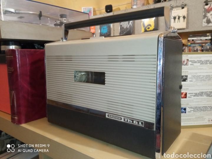 MAGNETÓFONO PORTÁTIL MARCA GRUNDIG DE LOS AÑOS 60 TK 6L COMO NUEVO !! (Radios, Gramófonos, Grabadoras y Otros - Fonógrafos y Grabadoras de Válvulas)