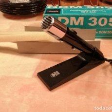 Fonógrafos y grabadoras de válvulas: ANTIGUO MICROFONO GRUNDIG GDM 305 CON PEANA Y CAJA NUEVO VER FOTOS. Lote 246340010
