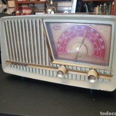 Fonografi e magnetofoni a valvole: RADIO INTER A VÁLVULAS. ENCIENDE PERO NO FUNCIONA. Lote 249285715